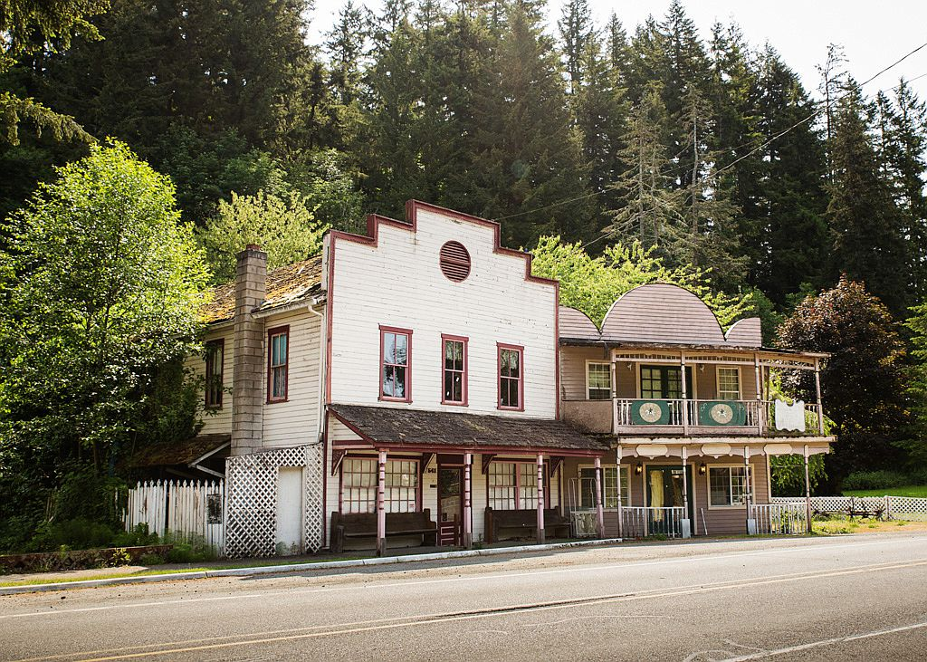washington, old west, old western, western, american west, style, bed and breakfast, hotel, ice cream parlor, haunted, ghost, ruin, abandoned, for sale, real estate, interesting, property, event space, museum, bar, bathtub, original, authentic