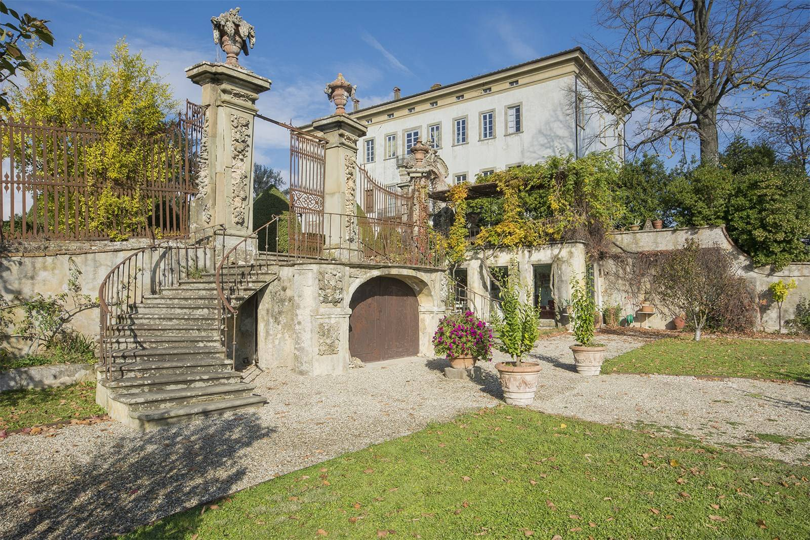 italian, villa, italy, mansion, garden, gate, house, home, gorgeous, fresco, florence, apartment, for sale, real estate, rental, income, property, potential, renovate, opulent, marble, stone, windows, trees, grass