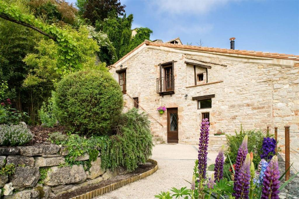 france, cottage, tarn, cordes-sur-ciel, stone, garden, hillside, views, property, french home, house, home, village, stunning, charming, pretty, cozy, rental, investment, real estate