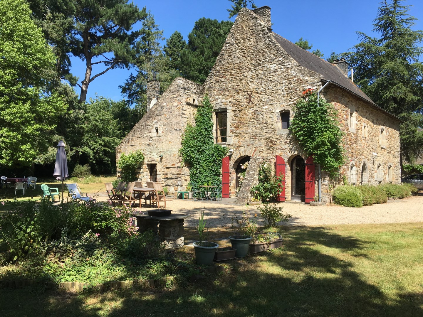 Peaceful Countryside Chateau Circa 1600s Rennes France