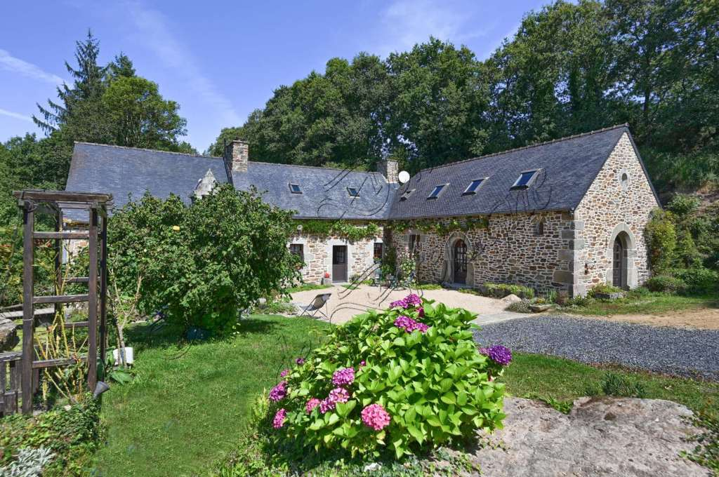 france, french, mill, water, river, stream, pond, meadow, garden, stone, beautiful, house, home, cottage, for sale, rustic, pretty, natural, bedroom, real estate, property, buy, window, door, flowers, hydrangeas, gravel, trees