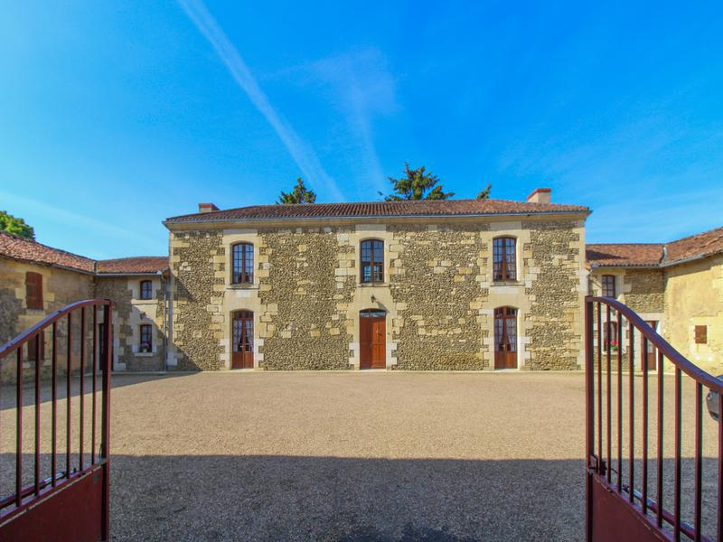 This stone property is typical of the village where it was built several centuries ago. It is majestic, strong, historical and you can make of it a unique gîte complex or large holiday home. The terrace garden is overlooking the countryside and a nice (10920 m2) plot of land, partly buildable. Being only 3 minutes from the town of Loudun and all the amenities is a real plus, and being only 25/30 minutes from the River Loire makes it a real investor opportunity. 3 hours' drive to the north coast ferry port at Caen.