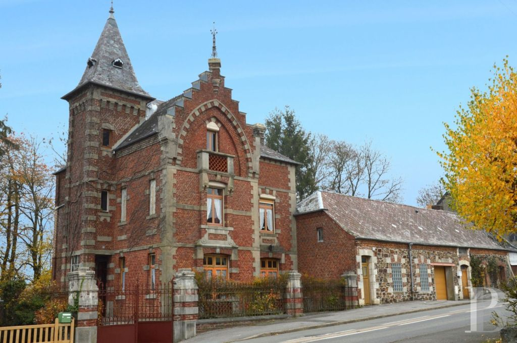 Good Wednesday morning! A five-bedroom brick home in the Neo-Flemish style with separate workshop and one-bedroom apartment, close to French-Belgian border!