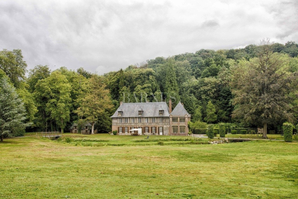 Happy Friday! Luxe listing! A beautiful and cozy manor circa 1650, situated on 17 acres in Normandy, France!