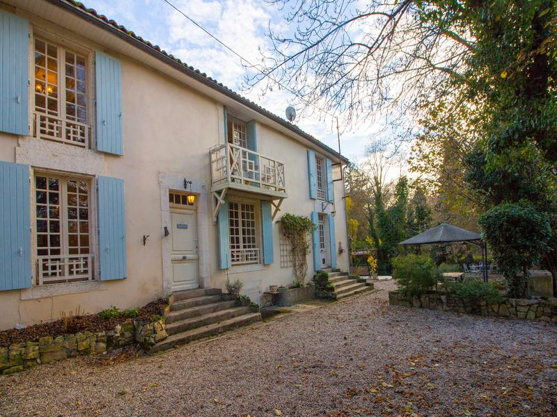 A peaceful riverside French farmhouse, ideal for a bed and breakfast, sold furnished! Located 20 minutes north of Angoûleme, France.