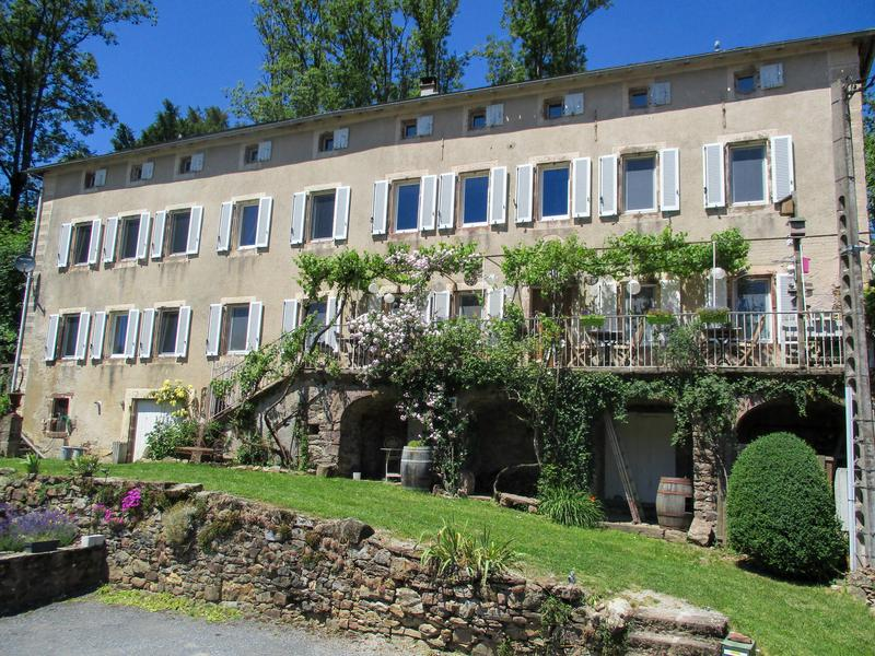 A stunning eight-bedroom bed & breakfast with chapel and picturesque views located 10 minutes from Camarès, in Aveyron France.
