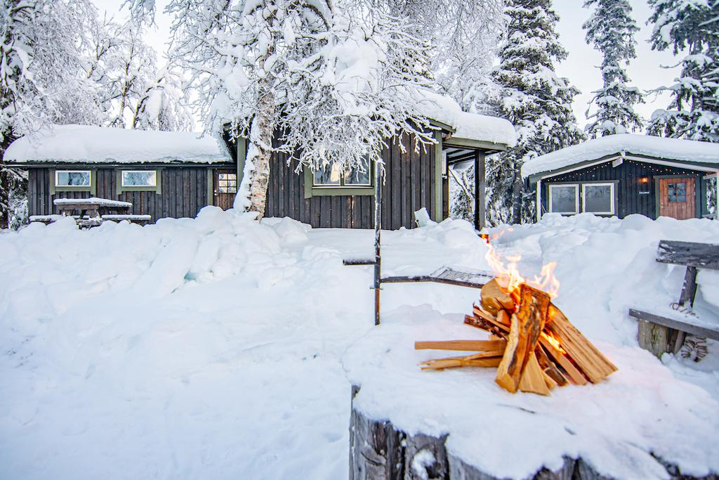 A cozy winter cottage, guest house, and sauna in a dreamy area of Swedish wilderness, near fantastic powder skiing in Kittelfjäll, Sweden.