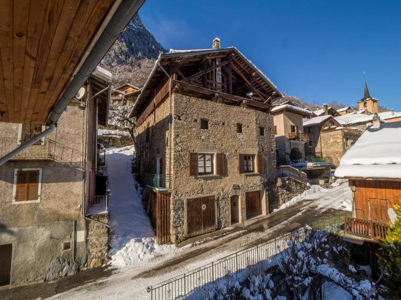 A chalet with two apartments ready to let and additional two levels to renovate - close to world class skiing at the 3 Valleys!