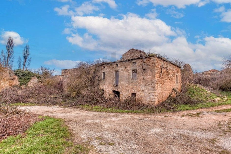An abandoned hamlet for sale in Spain, with 70 buildings to renovate!