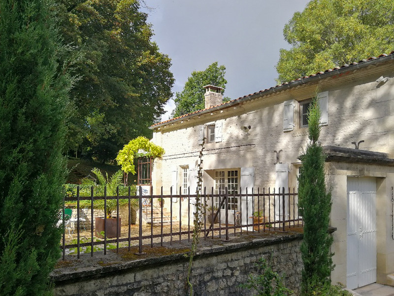 A delightful French country cottage in the Charente.