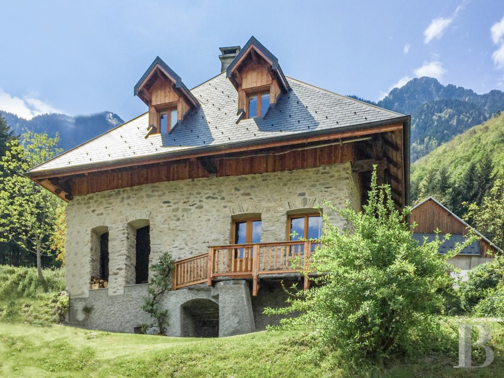 A rustic Savoyard farmhouse circa 1890 in the foothills of the Belledonne mountain range, in Isère, Rhône-Alps, France!