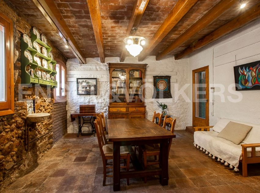 A cozy and rustic farmhouse 45 minutes outside of Barcelona.