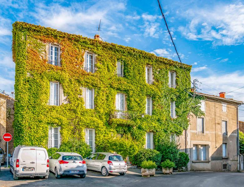 Maison de Maitre Magnifique! A gorgeous home in the south of France.